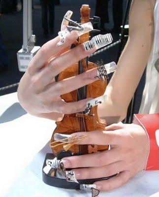 a96814_a509_musical-nail
